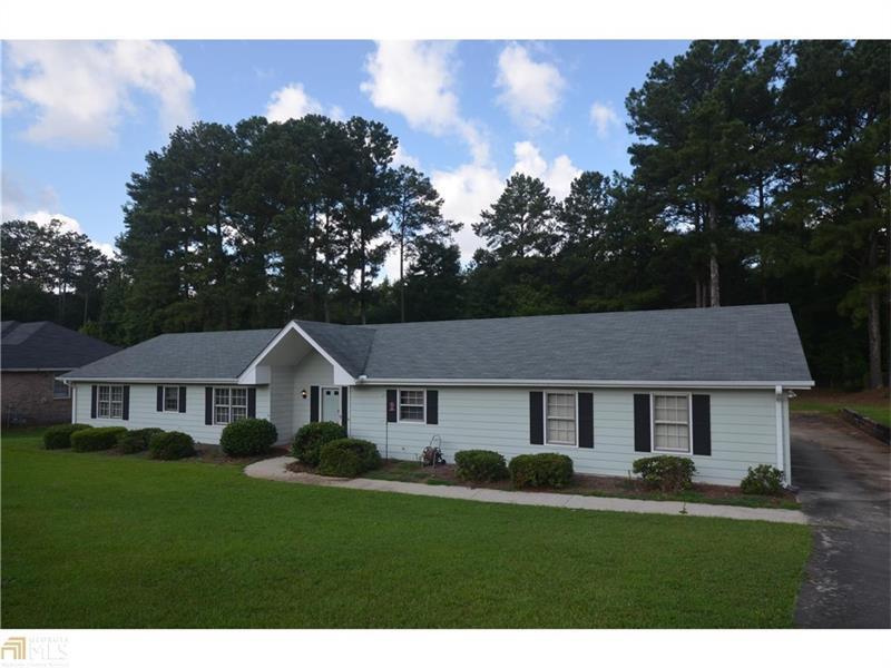 3581 Sandhill Drive SE, Conyers, GA 30094 (MLS #5751491) :: North Atlanta Home Team