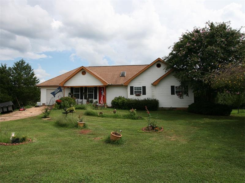 929 Blue Ridge Overlook, Dawsonville, GA 30534 (MLS #5751742) :: North Atlanta Home Team