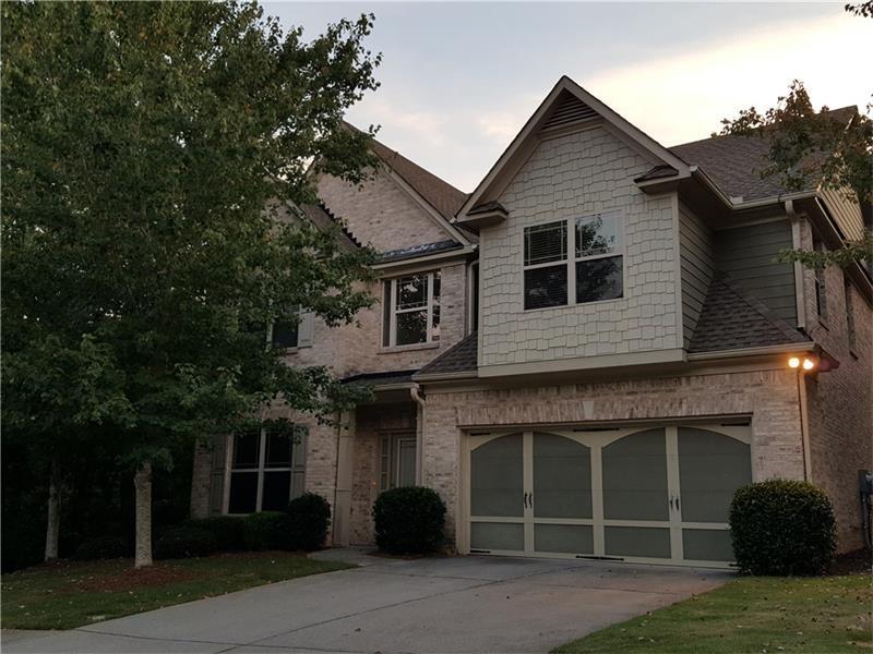 563 Suwanee Oaks Drive, Suwanee, GA 30024 (MLS #5751871) :: North Atlanta Home Team