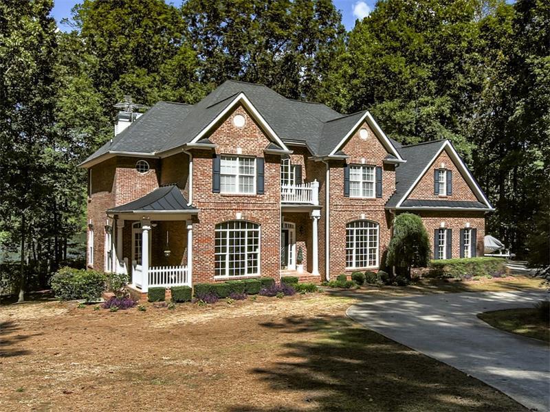 828 Beavers Road, Canton, GA 30115 (MLS #5752253) :: North Atlanta Home Team