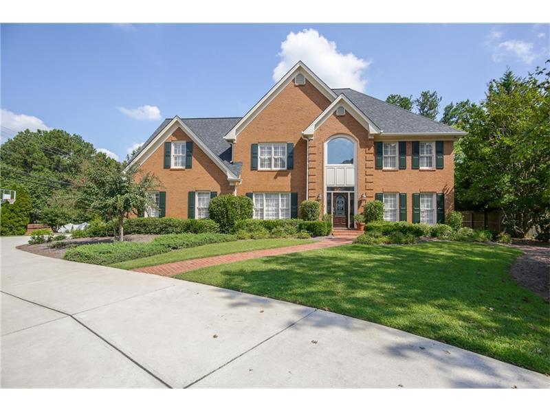 2800 Harwick Drive, Sandy Springs, GA 30350 (MLS #5752469) :: North Atlanta Home Team