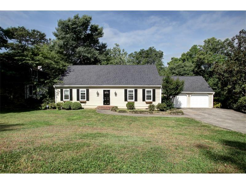 881 Indian Hills Parkway, Marietta, GA 30068 (MLS #5752486) :: North Atlanta Home Team