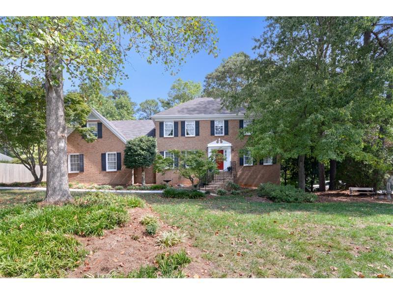2493 Williamsdowns Circle, Snellville, GA 30078 (MLS #5752519) :: North Atlanta Home Team