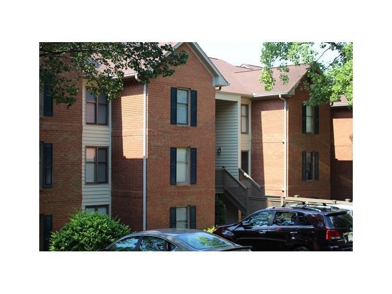 1105 Garden Court, Sandy Springs, GA 30328 (MLS #5752539) :: North Atlanta Home Team