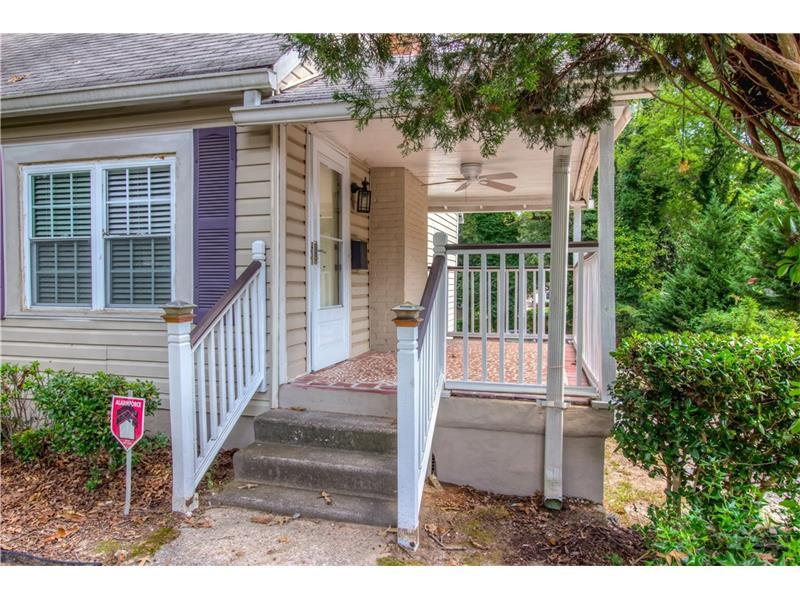 551 Woods Drive NW, Atlanta, GA 30318 (MLS #5752585) :: North Atlanta Home Team