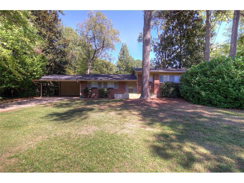6215 Hunting Creek Road, Atlanta, GA 30328 (MLS #5752718) :: North Atlanta Home Team