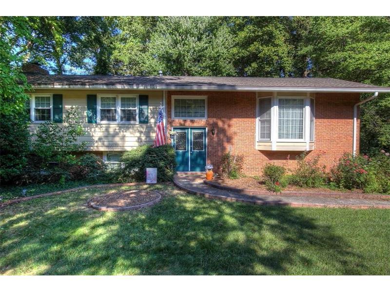 770 Foxcroft Trail, Marietta, GA 30067 (MLS #5753053) :: North Atlanta Home Team