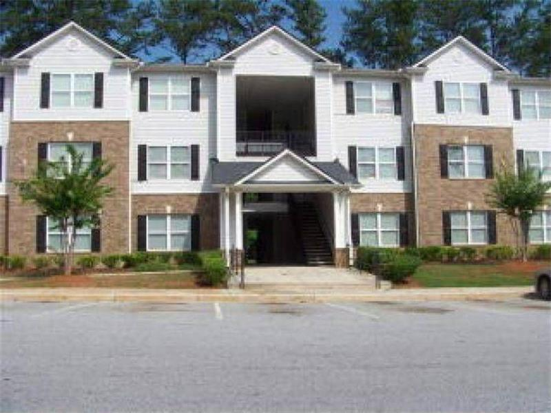 1102 Fairington Village Drive, Lithonia, GA 30038 (MLS #5753219) :: North Atlanta Home Team