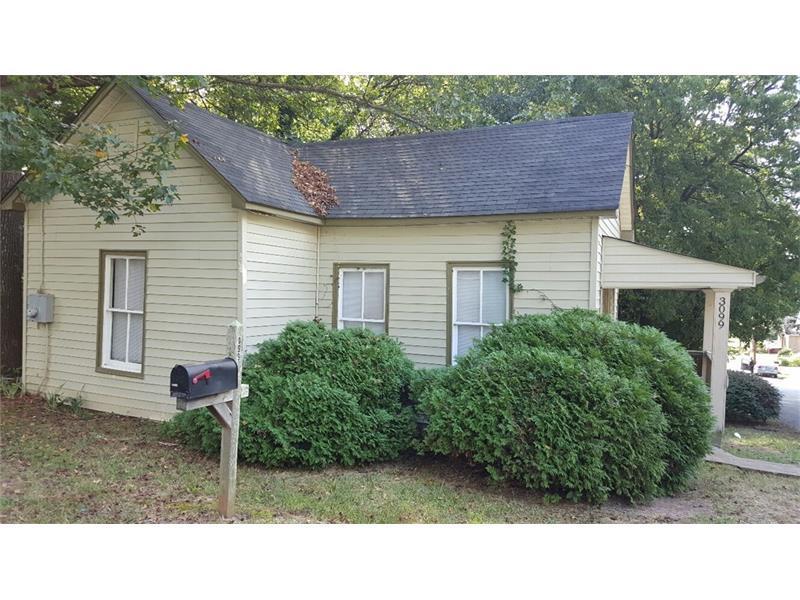 3099 Jones Street, East Point, GA 30344 (MLS #5755463) :: North Atlanta Home Team