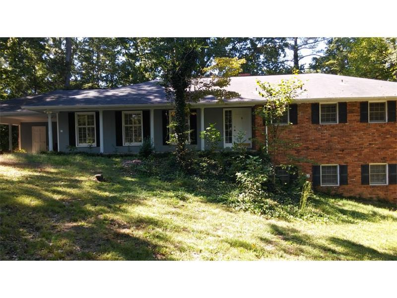 6526 Cherry Tree Lane, Sandy Springs, GA 30328 (MLS #5755572) :: North Atlanta Home Team