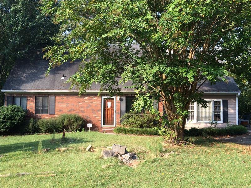 185 Village Way, Lawrenceville, GA 30046 (MLS #5755824) :: North Atlanta Home Team