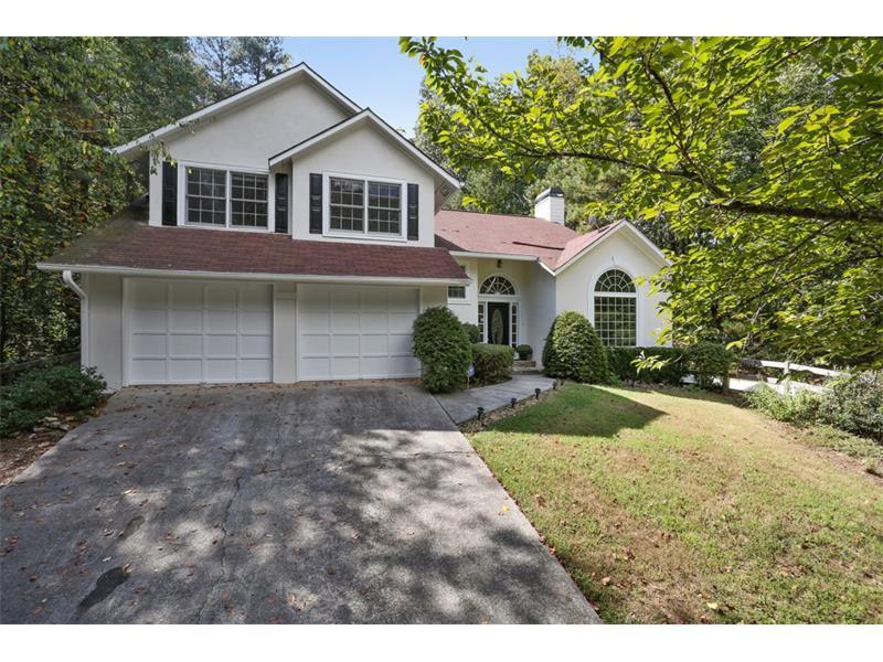 9330 Coleman Road, Roswell, GA 30075 (MLS #5755931) :: North Atlanta Home Team