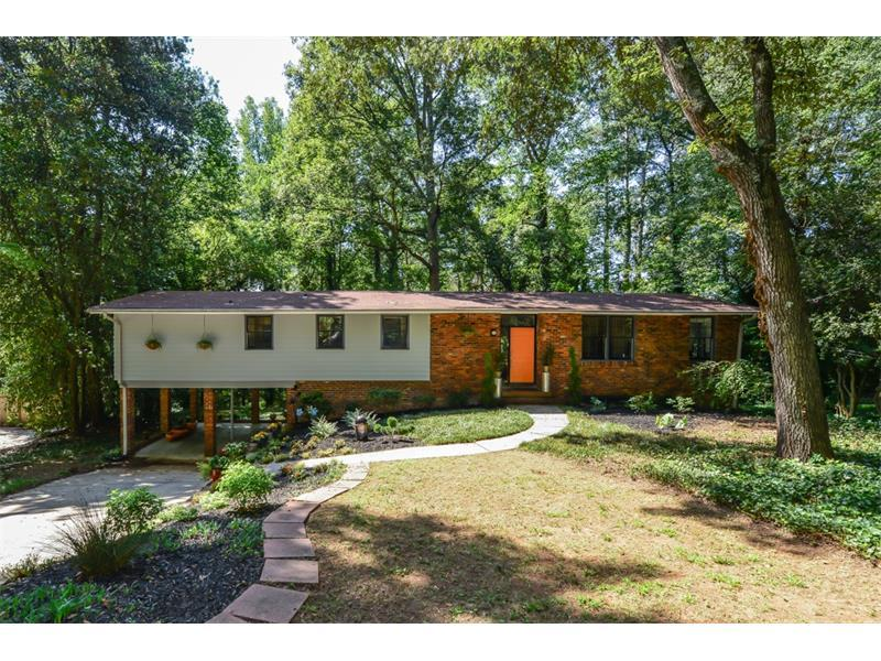 4640 Canyon Creek Trail, Atlanta, GA 30342 (MLS #5756013) :: North Atlanta Home Team