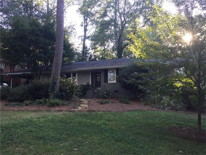 382 N Hillcrest Drive SW, Marietta, GA 30064 (MLS #5756130) :: North Atlanta Home Team