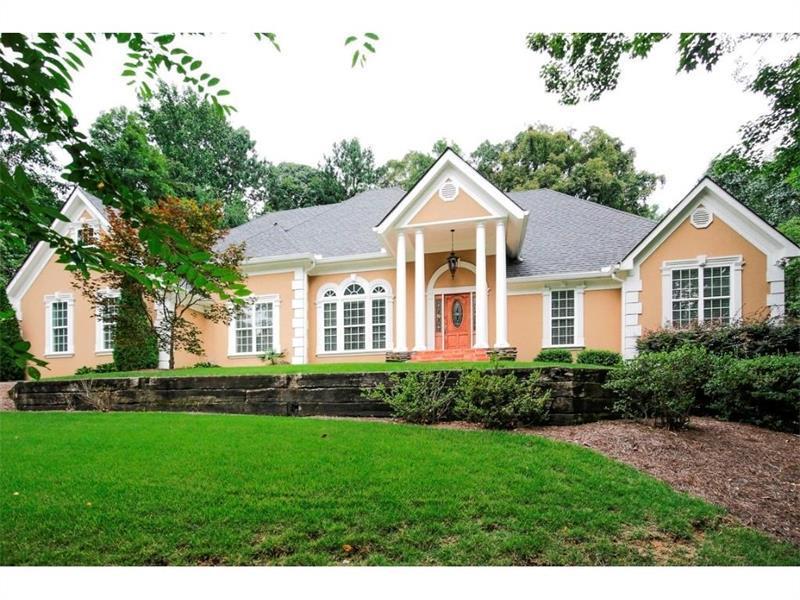 825 Overhill Court, Sandy Springs, GA 30328 (MLS #5756237) :: North Atlanta Home Team