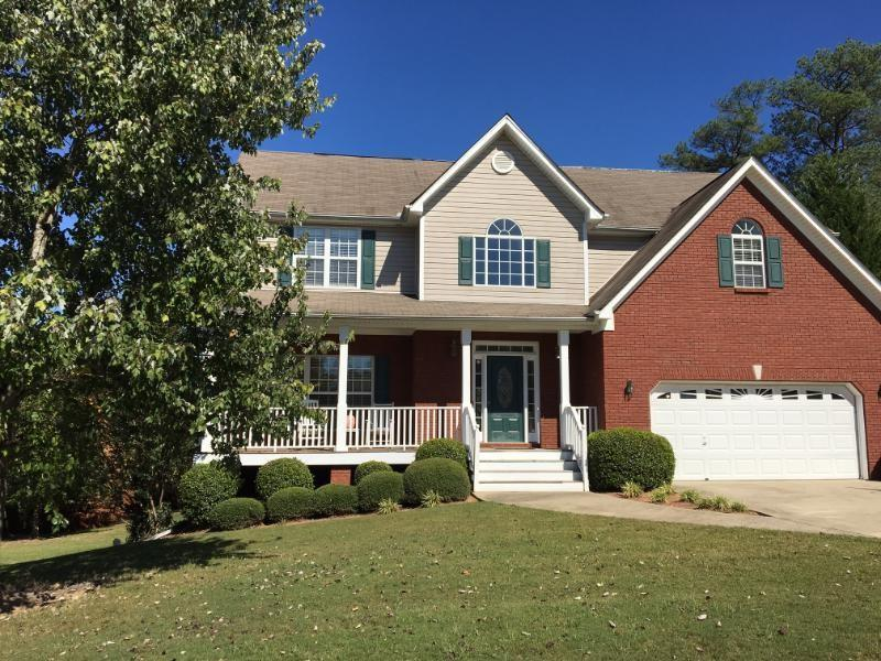 2580 Lake Commons Court, Snellville, GA 30078 (MLS #5756246) :: North Atlanta Home Team