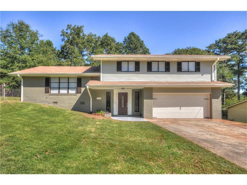 2104 Chestnut Hill Circle, Decatur, GA 30032 (MLS #5756421) :: North Atlanta Home Team