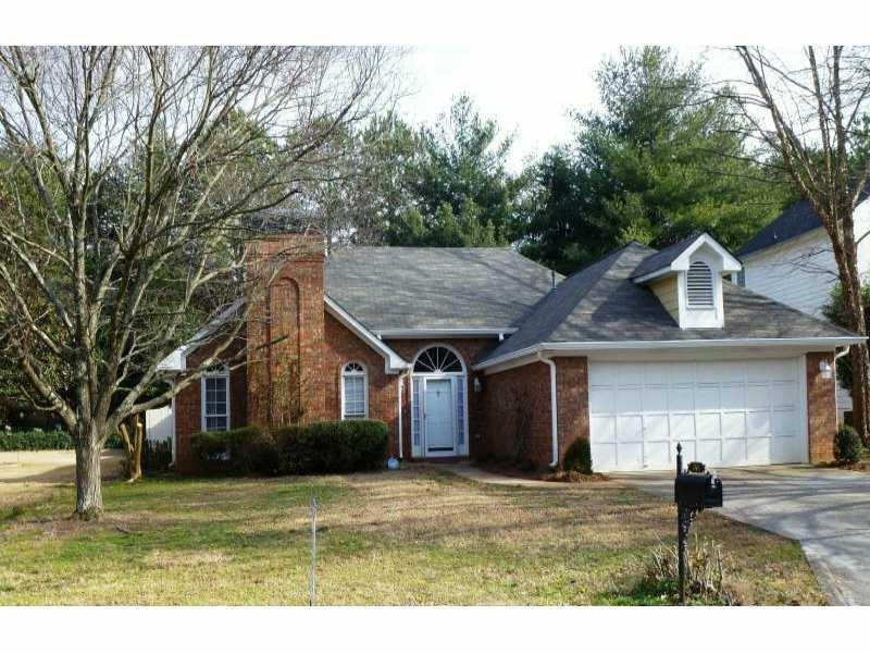 240 Glen Holly Drive #0, Roswell, GA 30076 (MLS #5756968) :: North Atlanta Home Team