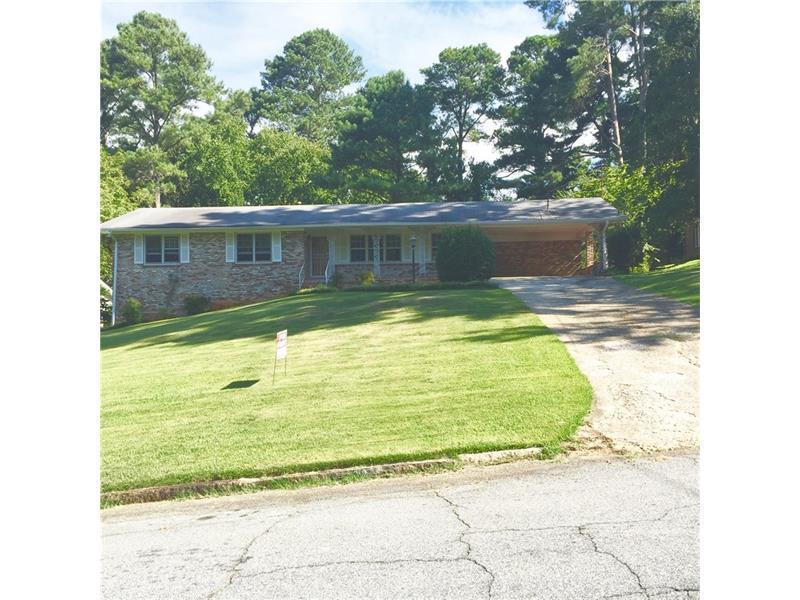 2541 Meadow Lark Drive, East Point, GA 30344 (MLS #5757106) :: North Atlanta Home Team