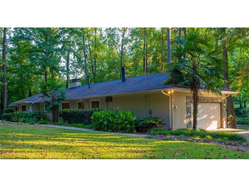 1830 SW Niskey Lake Trail SW, Atlanta, GA 30331 (MLS #5757277) :: North Atlanta Home Team