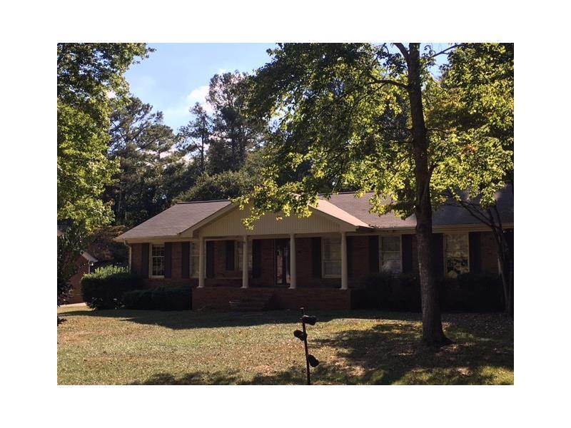 212 Regal Drive, Lawrenceville, GA 30046 (MLS #5757390) :: North Atlanta Home Team