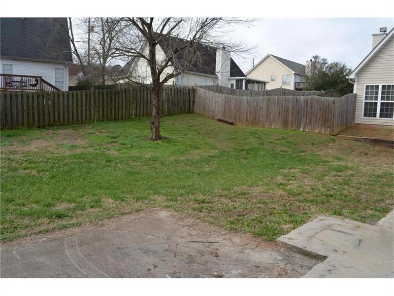 6263 Phillips Lake Way, Lithonia, GA 30058 (MLS #5757417) :: North Atlanta Home Team