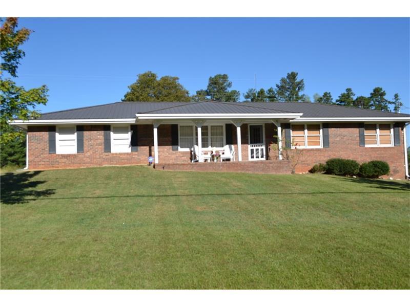 2564 Waterworks Road S, Buford, GA 30518 (MLS #5757426) :: North Atlanta Home Team