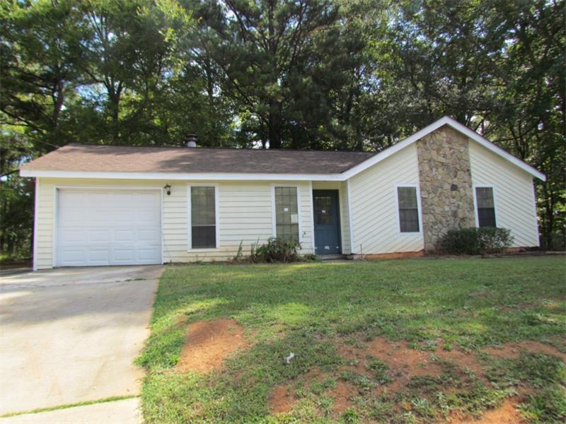 692 S Hairston Road, Stone Mountain, GA 30088 (MLS #5757620) :: North Atlanta Home Team