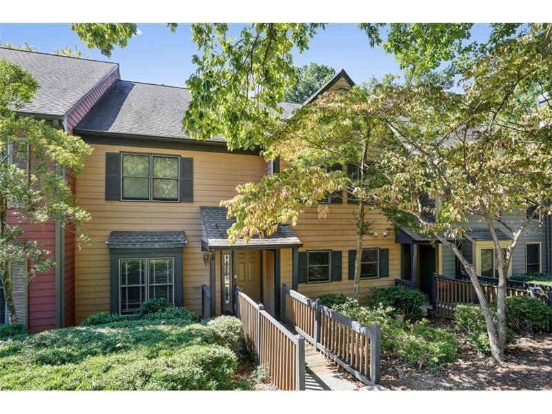806 Abingdon Way #806, Atlanta, GA 30328 (MLS #5757643) :: North Atlanta Home Team