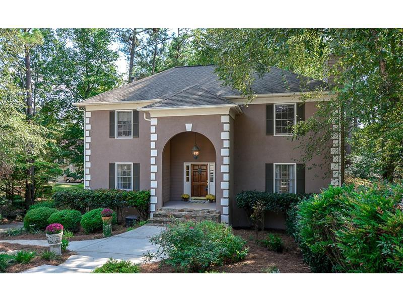 2377 Battle Forest Drive SW, Marietta, GA 30064 (MLS #5757696) :: North Atlanta Home Team