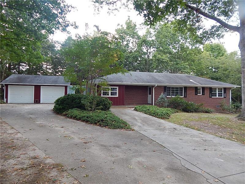122 Hall Street, Hoschton, GA 30548 (MLS #5758093) :: North Atlanta Home Team