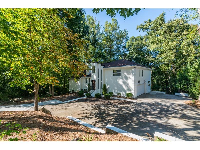 761 Grimes Bridge Road, Roswell, GA 30075 (MLS #5758352) :: North Atlanta Home Team