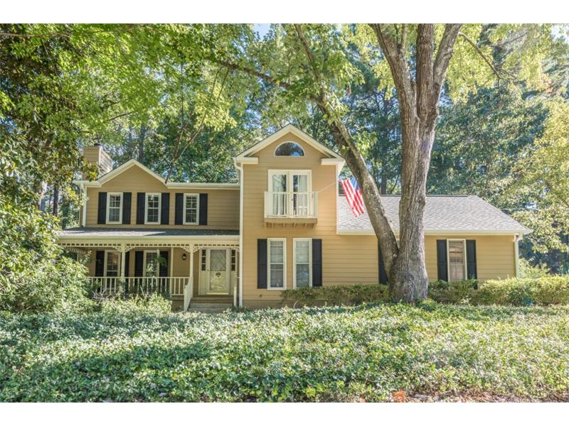 1492 Silver Maple Court, Lilburn, GA 30047 (MLS #5758434) :: North Atlanta Home Team