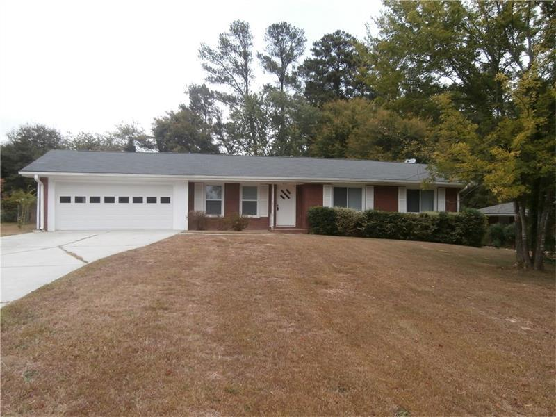 437 Lockridge Lane, Lawrenceville, GA 30046 (MLS #5758507) :: North Atlanta Home Team