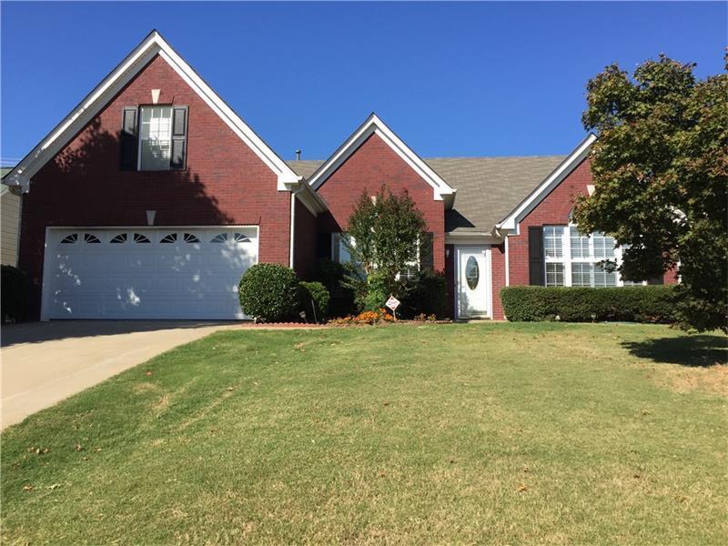195 Cedarhurst Road, Lawrenceville, GA 30045 (MLS #5758548) :: North Atlanta Home Team