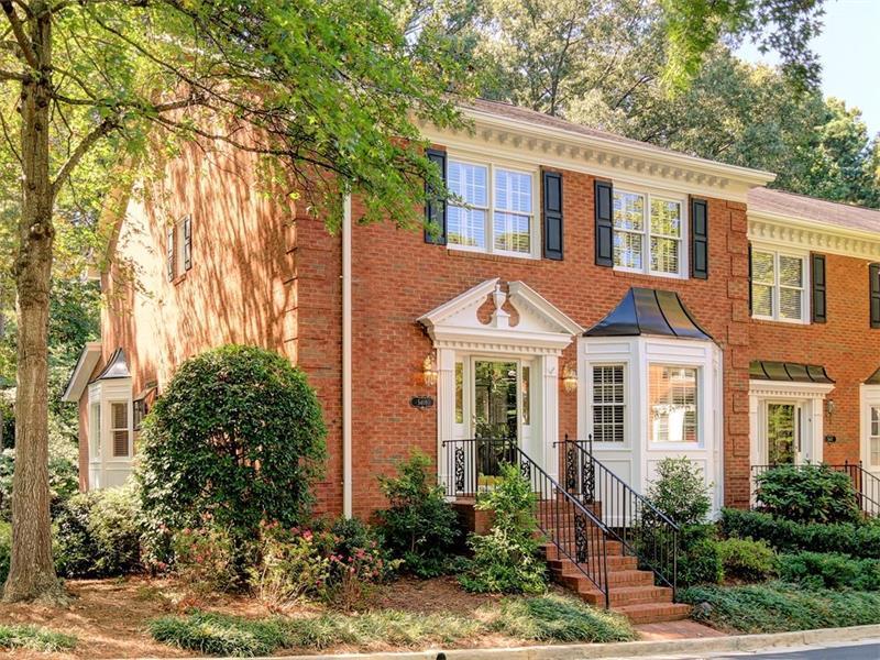 5409 Trentham Drive, Dunwoody, GA 30338 (MLS #5758740) :: North Atlanta Home Team