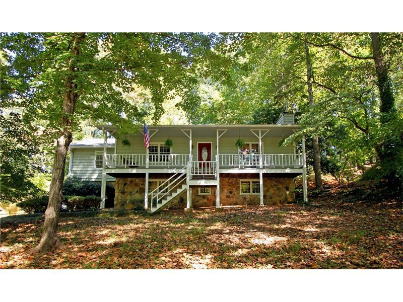 138 Creekview Drive, Woodstock, GA 30188 (MLS #5758931) :: North Atlanta Home Team
