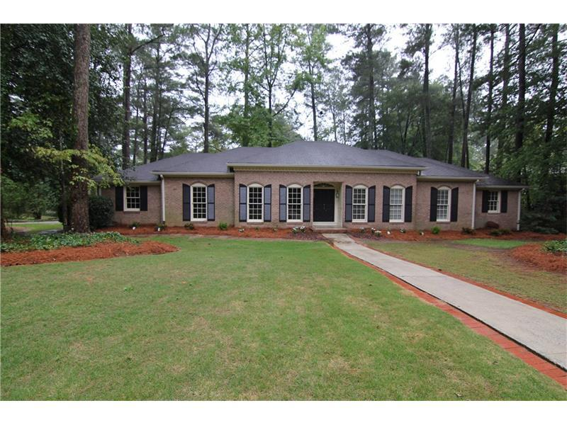 1563 Brawley Circle NE, Brookhaven, GA 30319 (MLS #5758956) :: North Atlanta Home Team