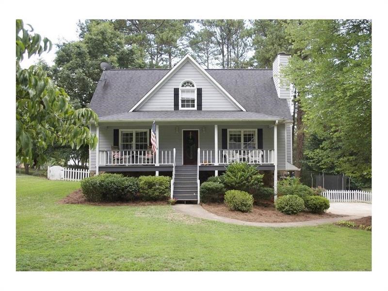 323 West Lane, Woodstock, GA 30188 (MLS #5759275) :: North Atlanta Home Team