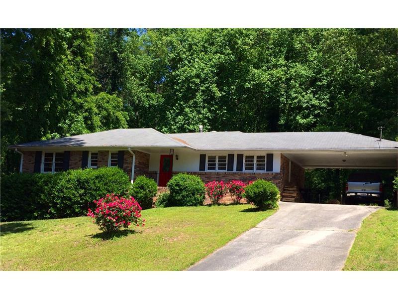 5975 Kayron Drive, Atlanta, GA 30328 (MLS #5759331) :: North Atlanta Home Team
