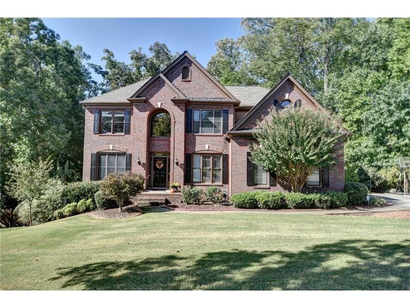 915 Whitehaven Road, Suwanee, GA 30024 (MLS #5759605) :: North Atlanta Home Team