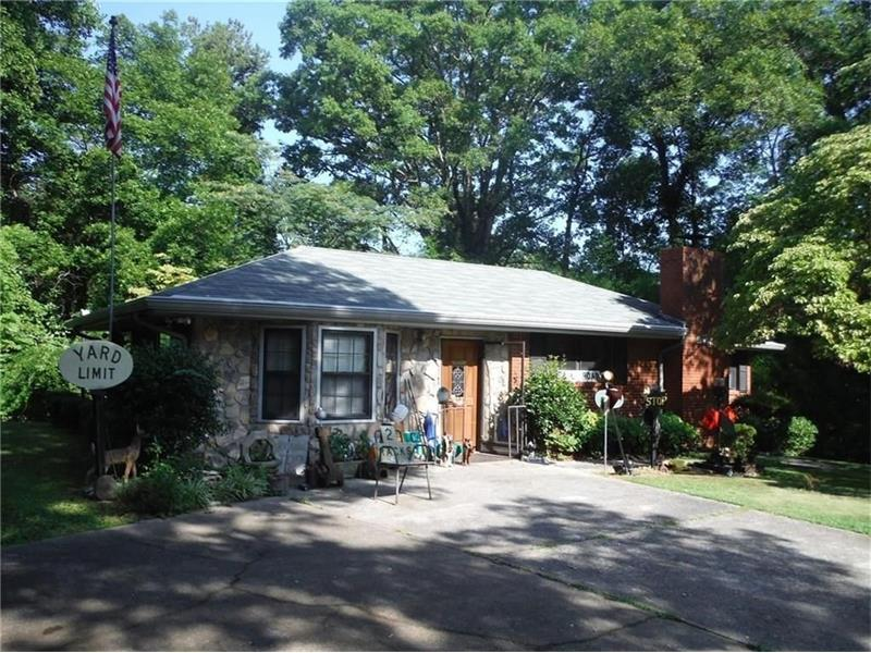 5480 Burgess Drive SW, Mableton, GA 30126 (MLS #5759958) :: North Atlanta Home Team