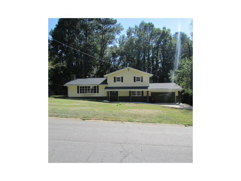 6342 Shallow Creek Lane, Douglasville, GA 30135 (MLS #5760177) :: North Atlanta Home Team
