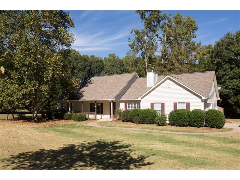 5415 Harris Creek Drive, Cumming, GA 30040 (MLS #5760201) :: North Atlanta Home Team