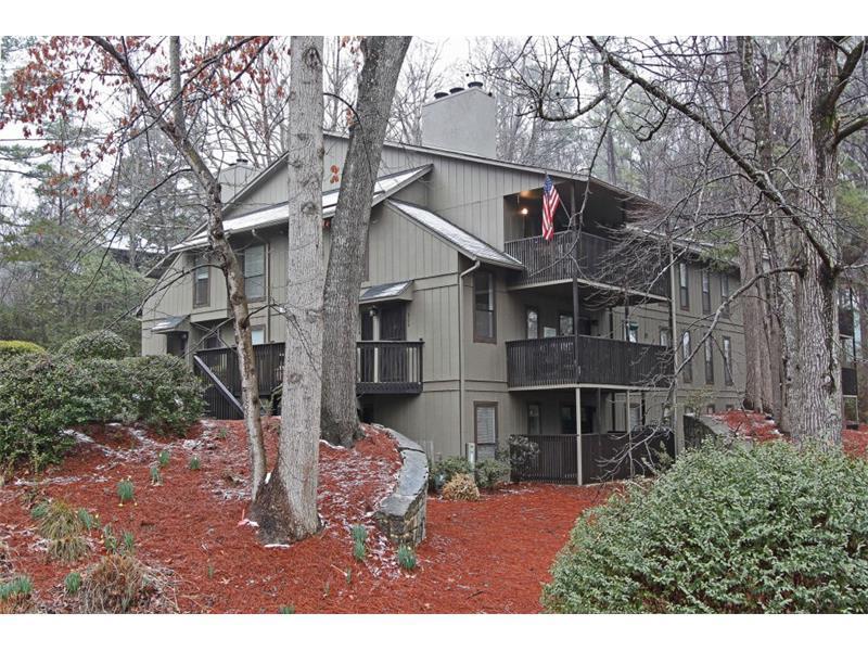 110 Cumberland Court SE #110, Smyrna, GA 30080 (MLS #5760361) :: North Atlanta Home Team