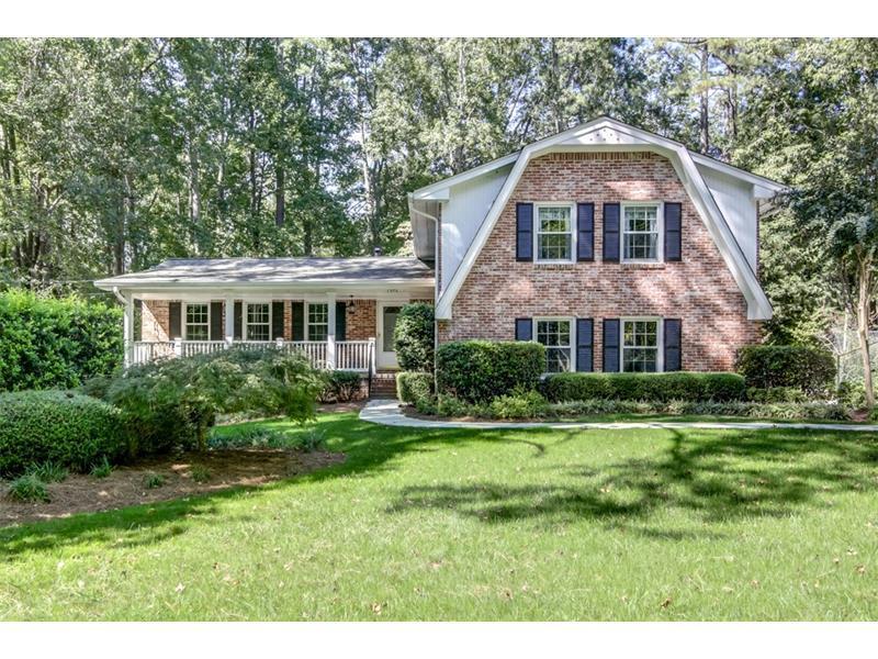 1576 Springfield Court, Dunwoody, GA 30338 (MLS #5760387) :: North Atlanta Home Team