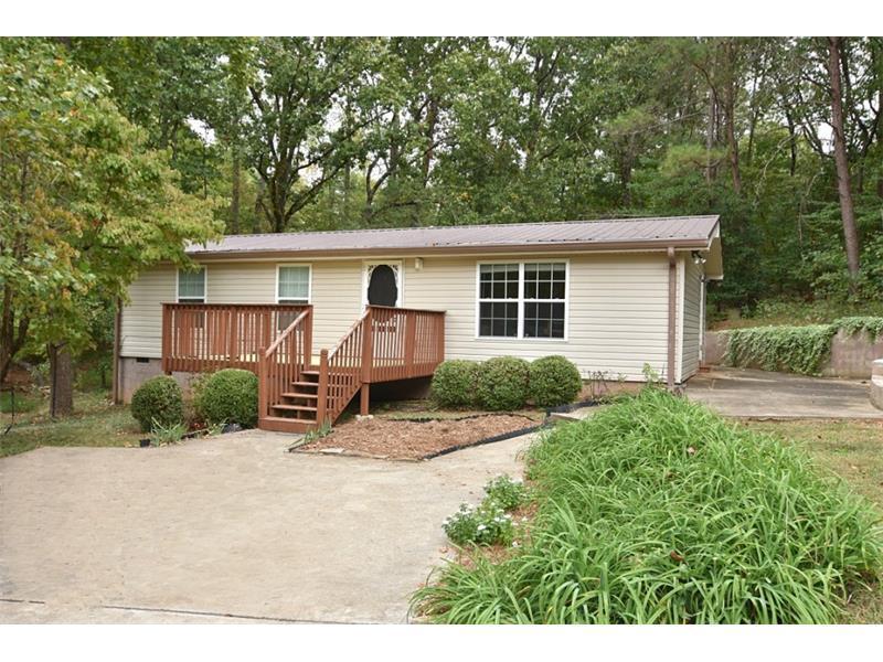 8945 Lark Terrace, Gainesville, GA 30506 (MLS #5760471) :: North Atlanta Home Team