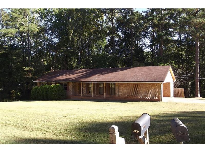202 Elizabeth Drive, Monroe, GA 30656 (MLS #5760505) :: North Atlanta Home Team