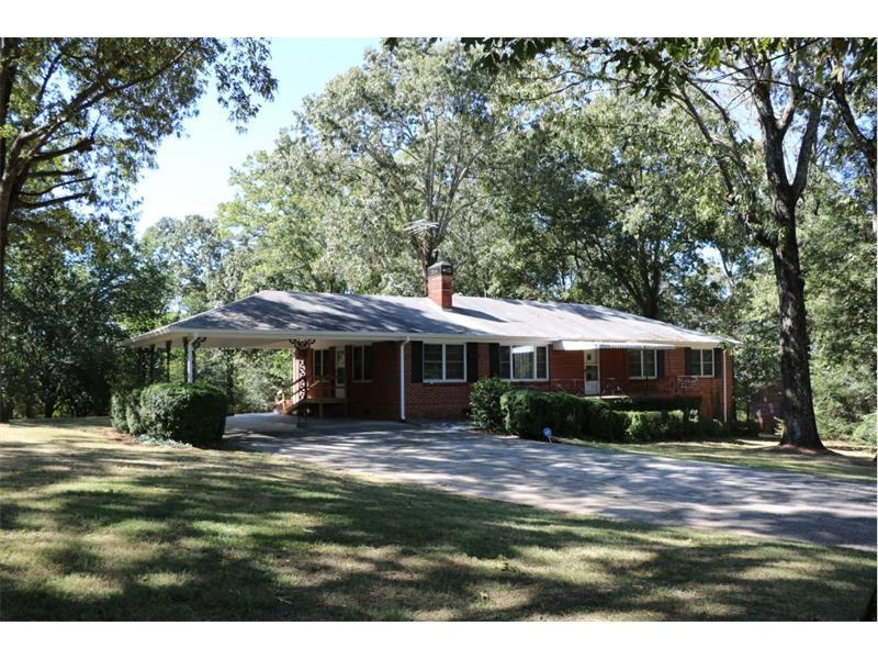 689 Sunset Boulevard, Gainesville, GA 30501 (MLS #5761009) :: North Atlanta Home Team