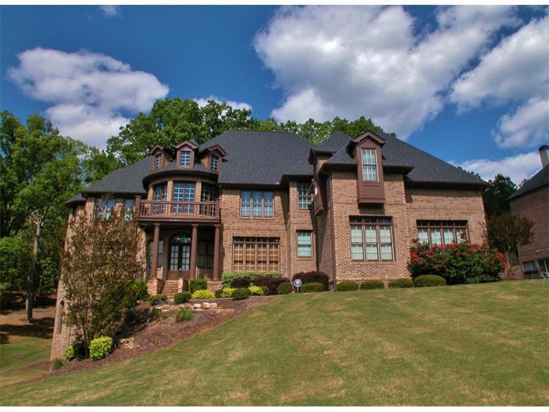 5114 Glen Forrest Drive, Flowery Branch, GA 30542 (MLS #5761048) :: North Atlanta Home Team